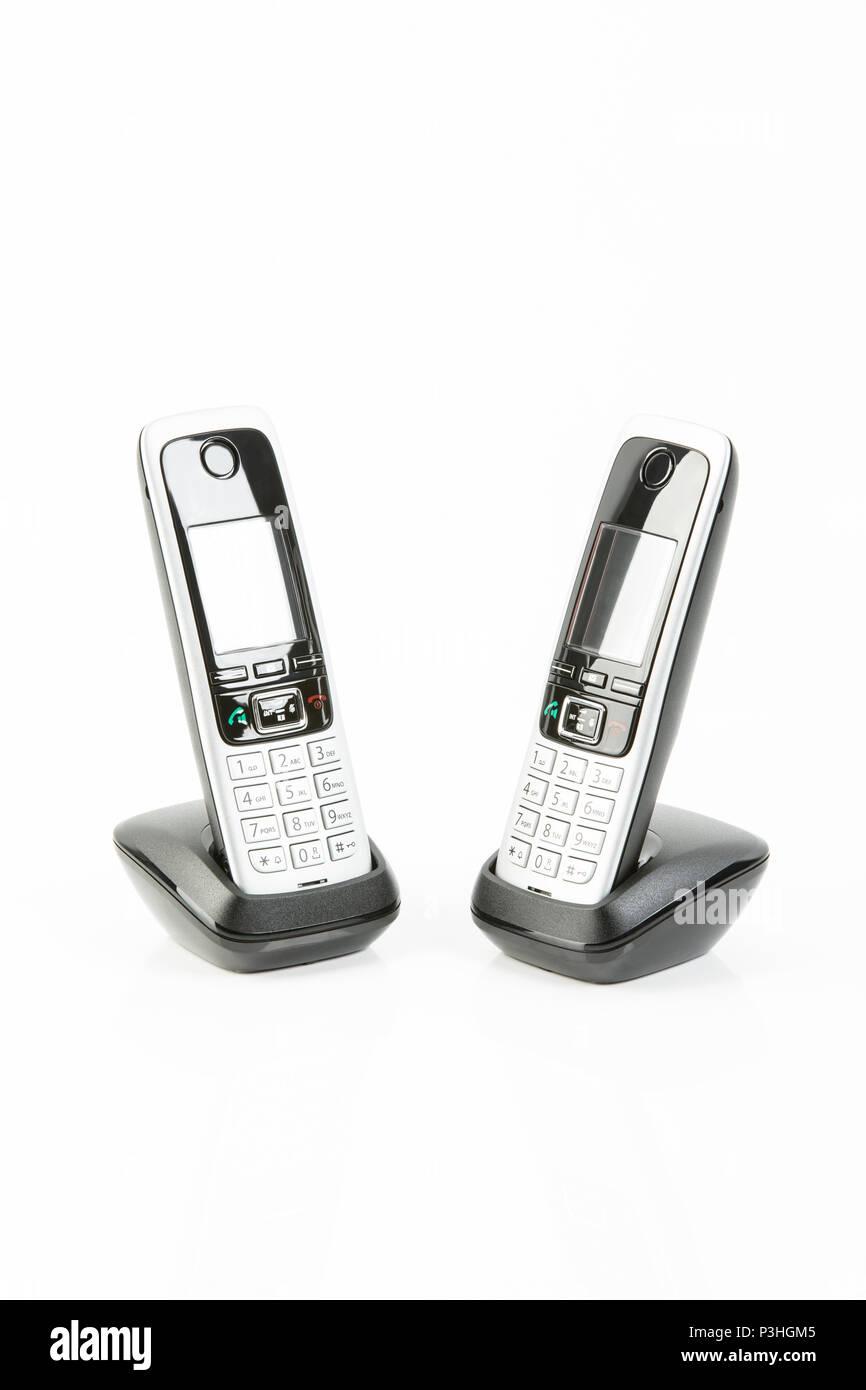 Drahtlose Telefone dans Ladestation Banque D'Images