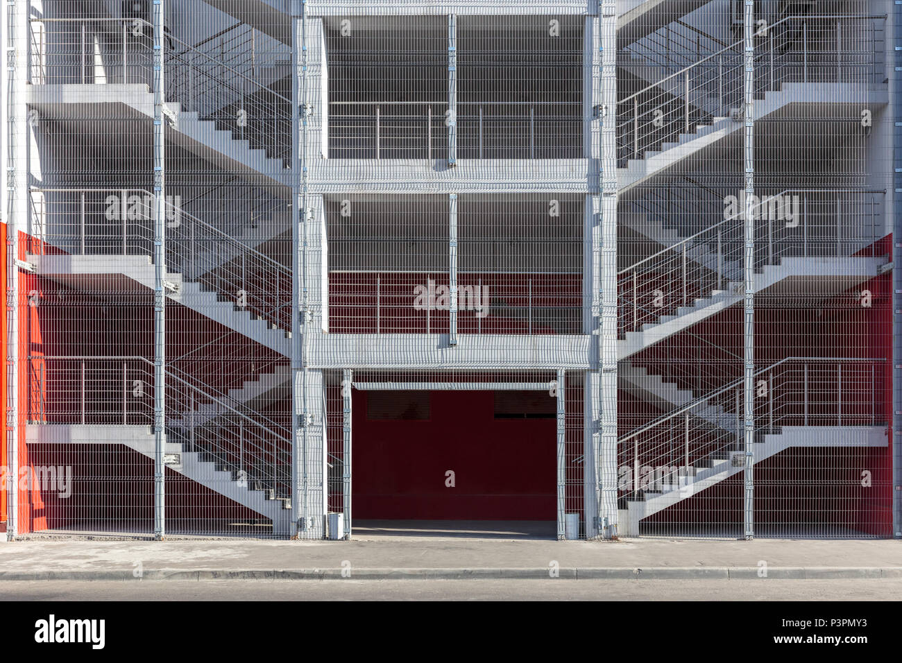 bâtiment industriel escalier de sortie de secours ou un escalier de
