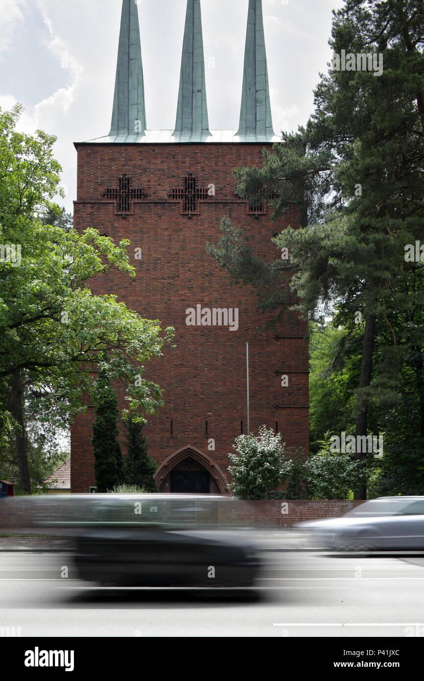 Berlin, Allemagne, l'église St-Michel sur Koenigstrasse à Berlin-Wannsee Banque D'Images