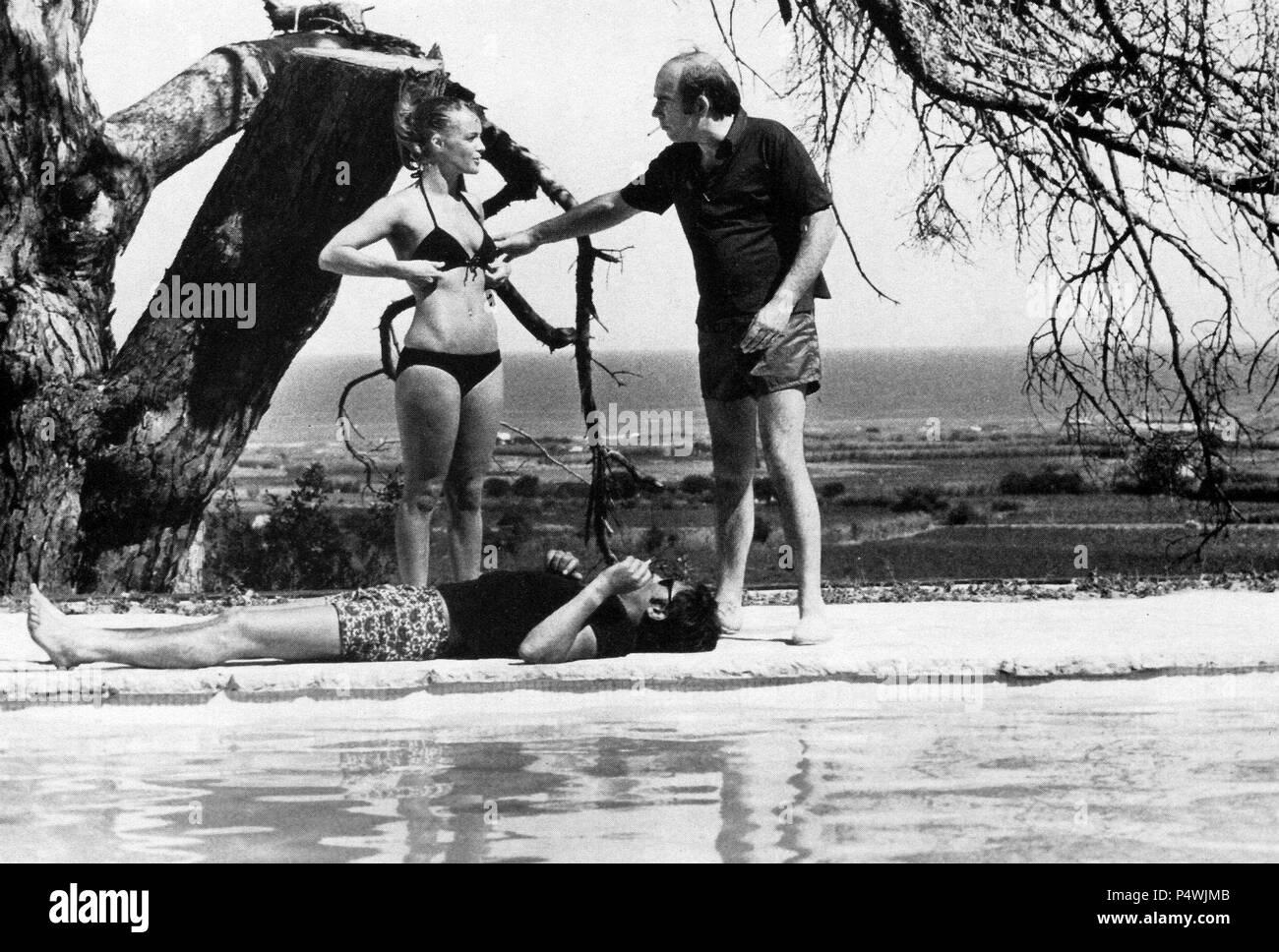 titre original la piscine titre en anglais piscine l directeur jacques deray film. Black Bedroom Furniture Sets. Home Design Ideas