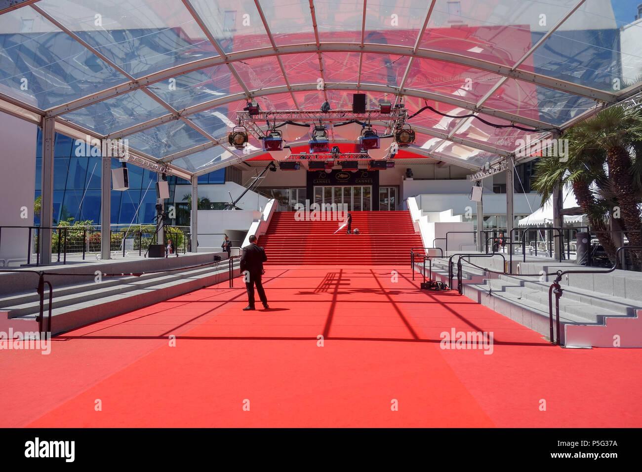 Cannes France 19 Mai 2017 Un Homme De Vide Le Tapis Rouge Comme