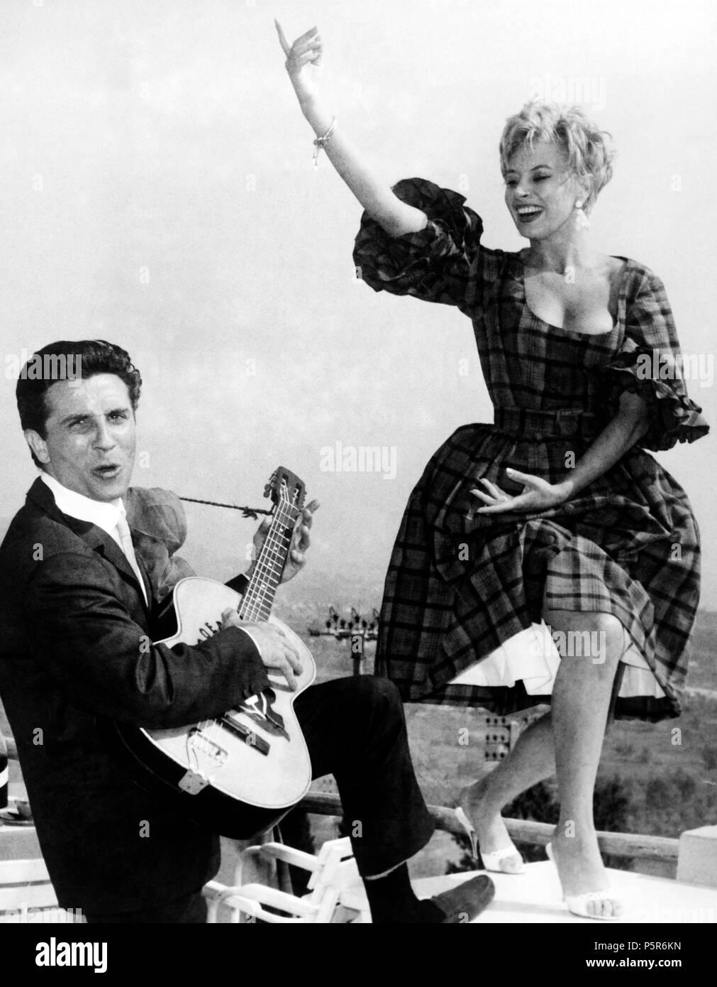 Gilbert Bécaud, Magali noel, 1960 Photo Stock