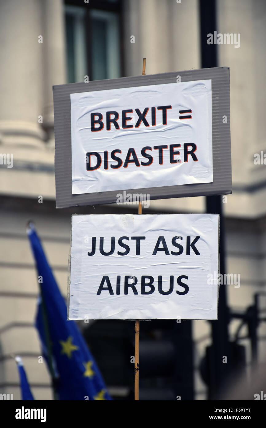 Démo, anti Brexit London 23 Juin 2018 Royaume-Uni. Campagne pour un vote du peuple sur l'accord final Brexit. Photo Stock