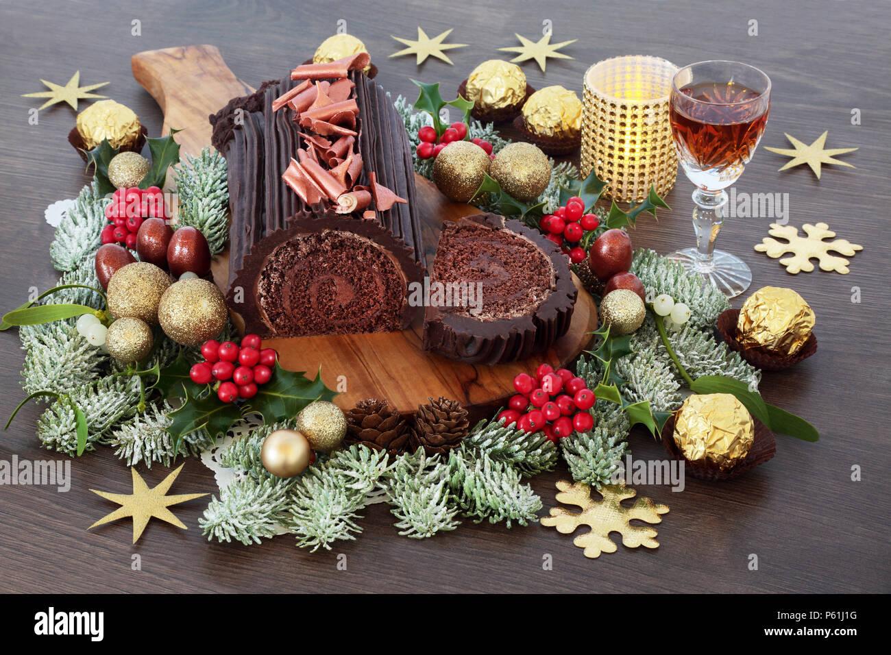 Buche Au Chocolat Gateau De Noel Avec Sherry Flore D Hiver Des