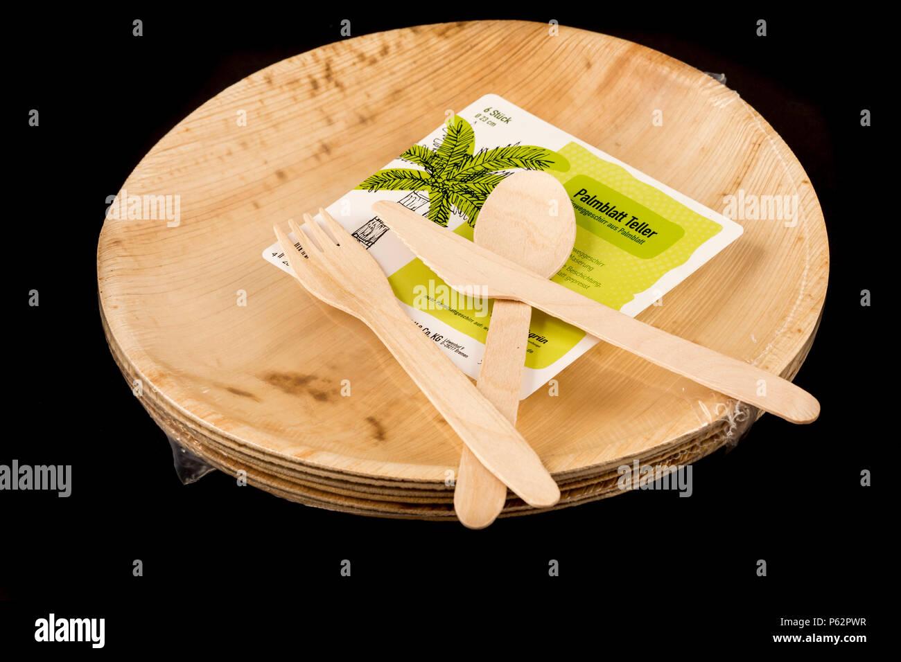 Einwegbesteck aus Holz, recyclebar, Teller, Palmblättern umweltfreundlich, aus Banque D'Images