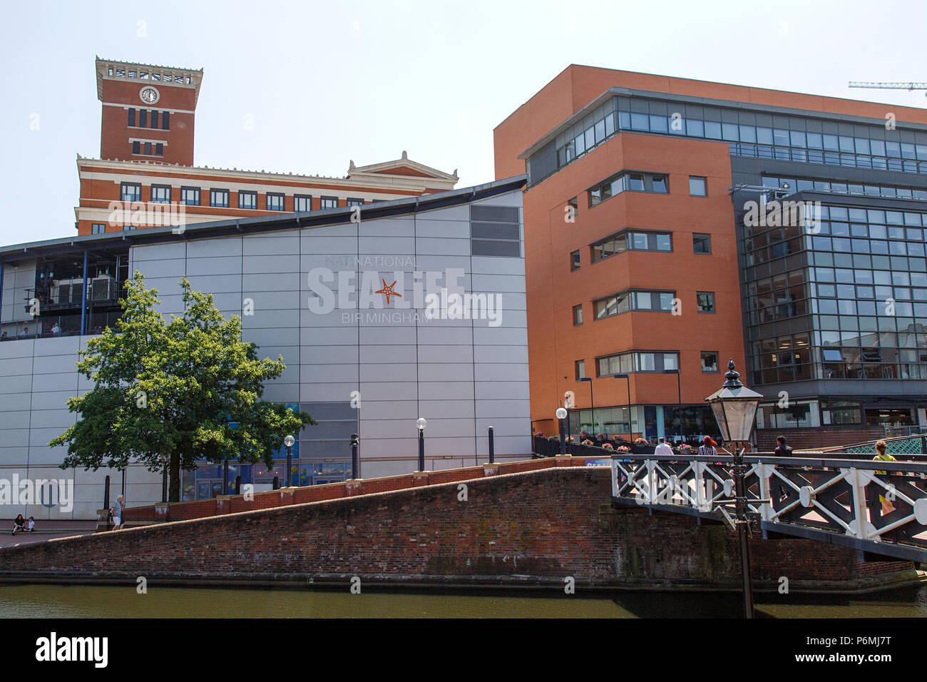 Birmingham, UK: 29 Juin 2018: Le National Sea Life Centre est un aquarium avec plus de 60 affiche de l'eau douce et de la vie marine à Brindley Place. Photo Stock