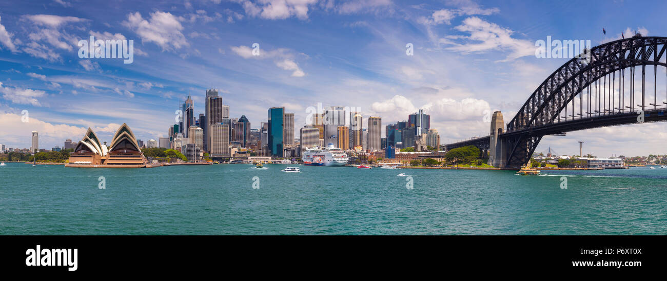 Opéra de Sydney et le Harbour Bridge, Darling Harbour, Sydney, New South Wales, Australia Photo Stock