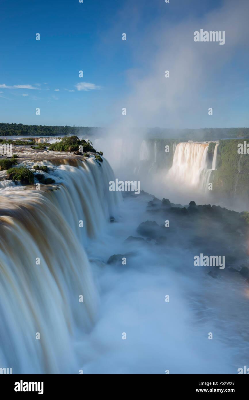 Iguacu Falls, État du Parana, Brésil Banque D'Images