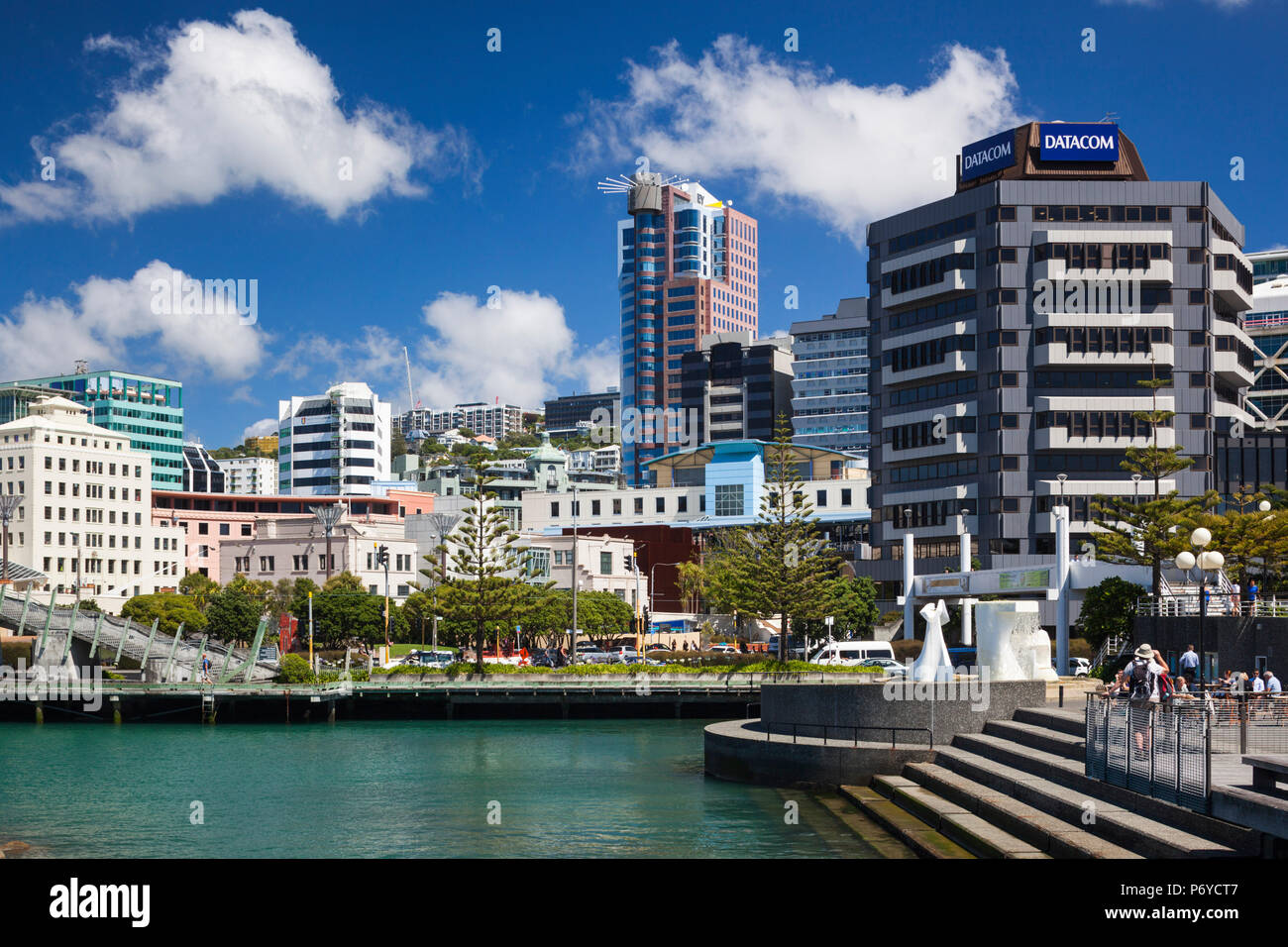 Nouvelle Zélande, île du Nord, Wellington, ligne d'horizon et le bord de l'eau Bâtiments Banque D'Images