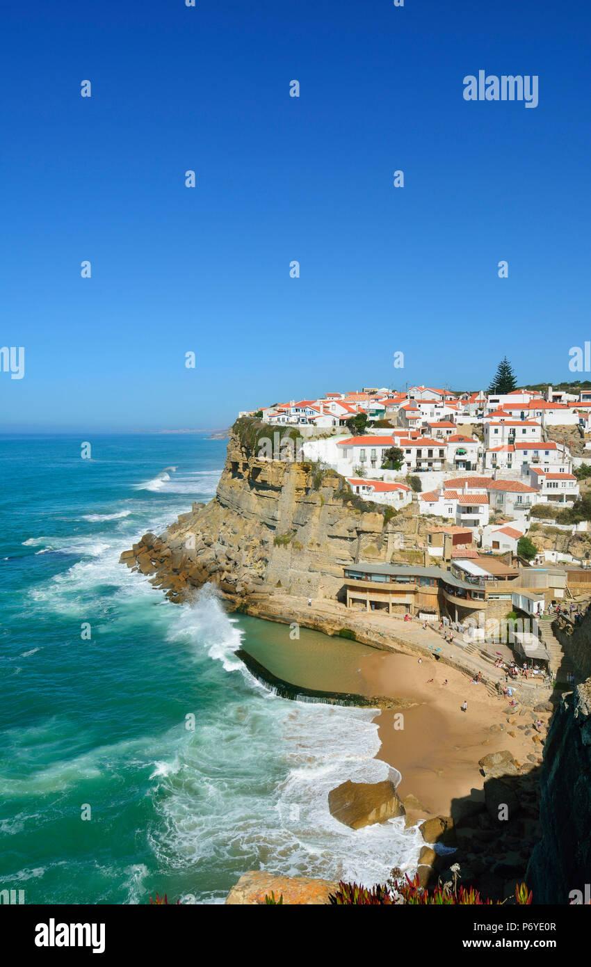 Praia das Maçãs. Colares, Sintra. Le district de Lisbonne, Portugal Photo Stock
