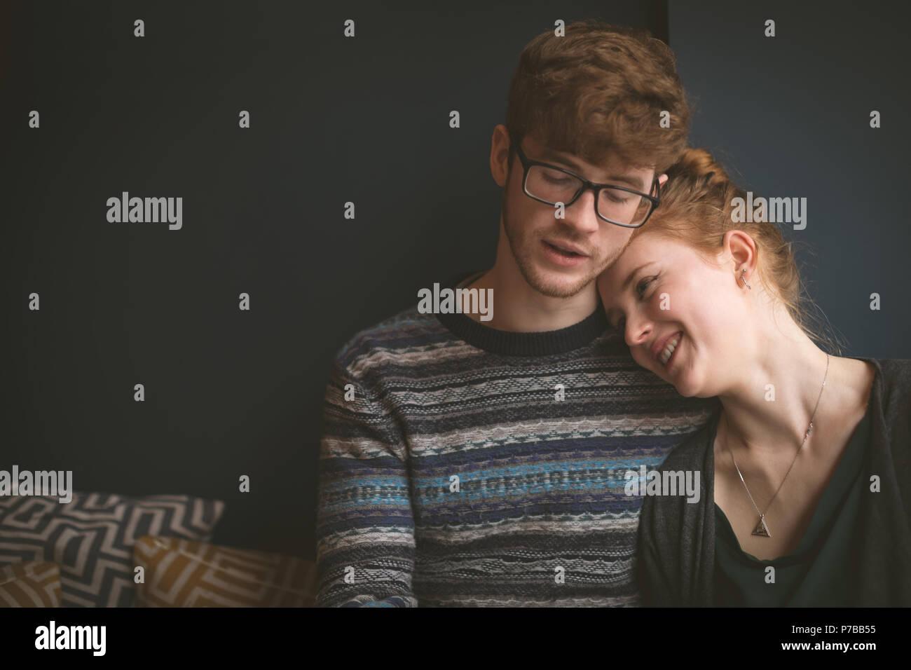 Couple dans le café Photo Stock