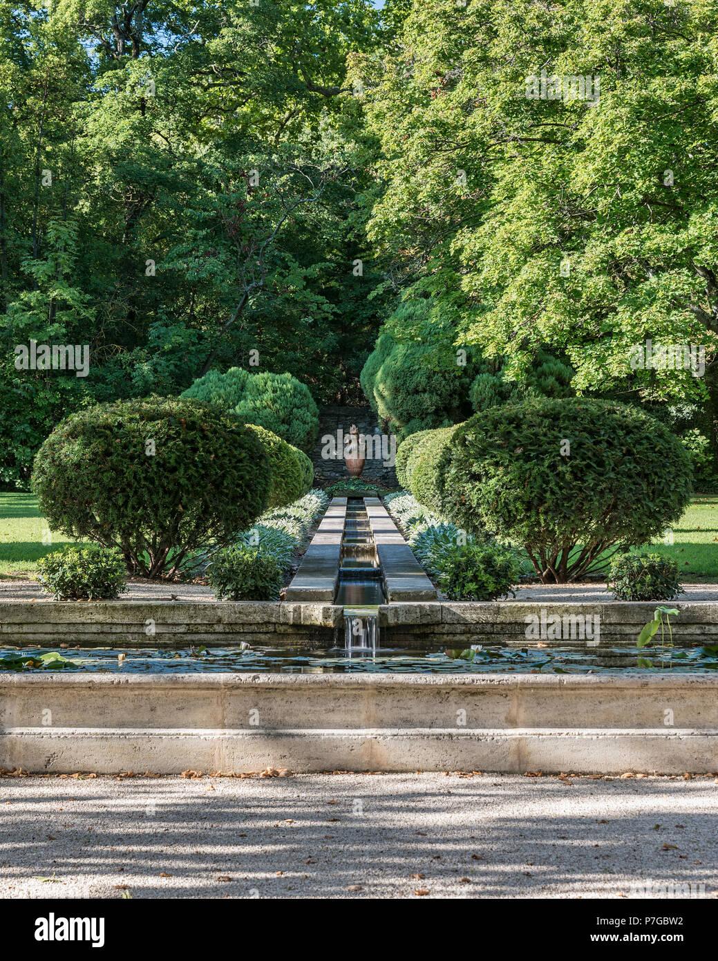 Motifs de jardin 18ème siècle châteaux à St Remy de Provence Photo Stock