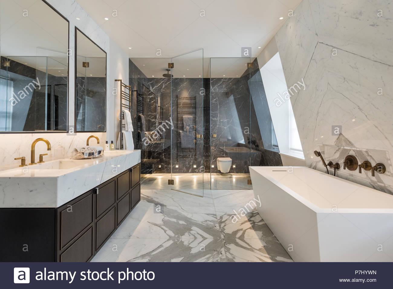 Salle de bains Art déco Banque D\'Images, Photo Stock: 211222081 - Alamy