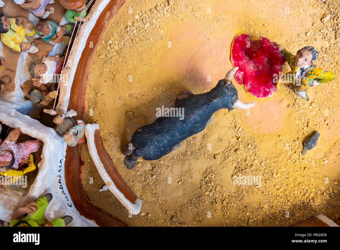 Des céramiques artistiques de l'arène, typique village blanc de Mijas. Costa del Sol, Malaga province. Andalousie, Espagne du sud Europe Banque D'Images