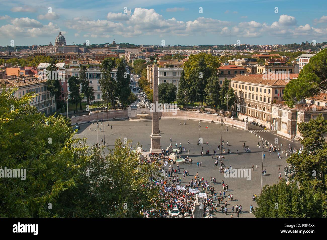 ROME, ITALIE - 10 octobre 2017: Vue aérienne de la Piazza del Popolo à Rome, Italie Banque D'Images