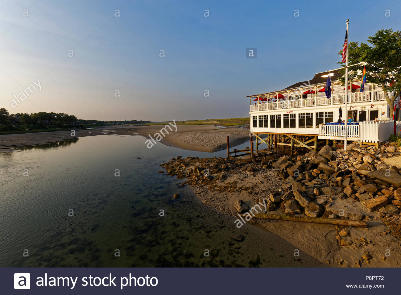 Restaurant sur la rivière Oqunquit, Ogunquit, ME, USA Photo Stock