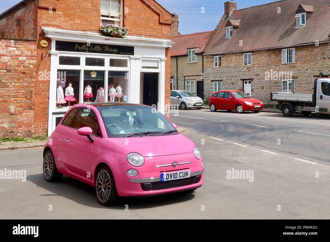 500 Rose Kineton La À Shop Petite En Jolie Fiat Choses Face Vif De 6yY7bgf