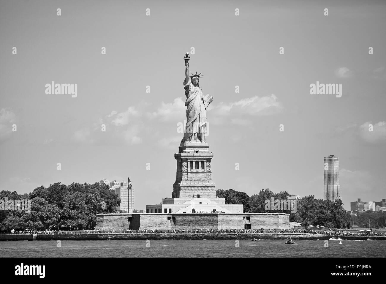 Photo noir et blanc de la Statue de la liberté, New York, USA. Photo Stock
