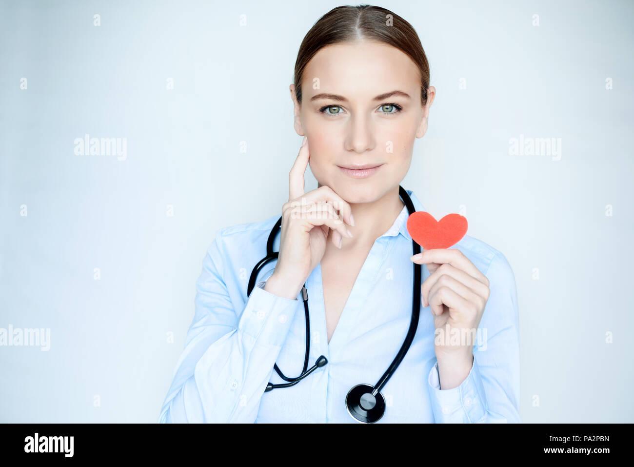 de23be4925777 Portrait d un médecin cardiologue