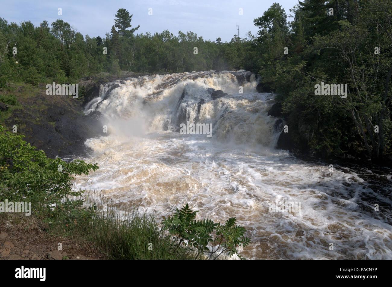 Kawishiwi Falls près d'Ely, Minnesota, USA Banque D'Images