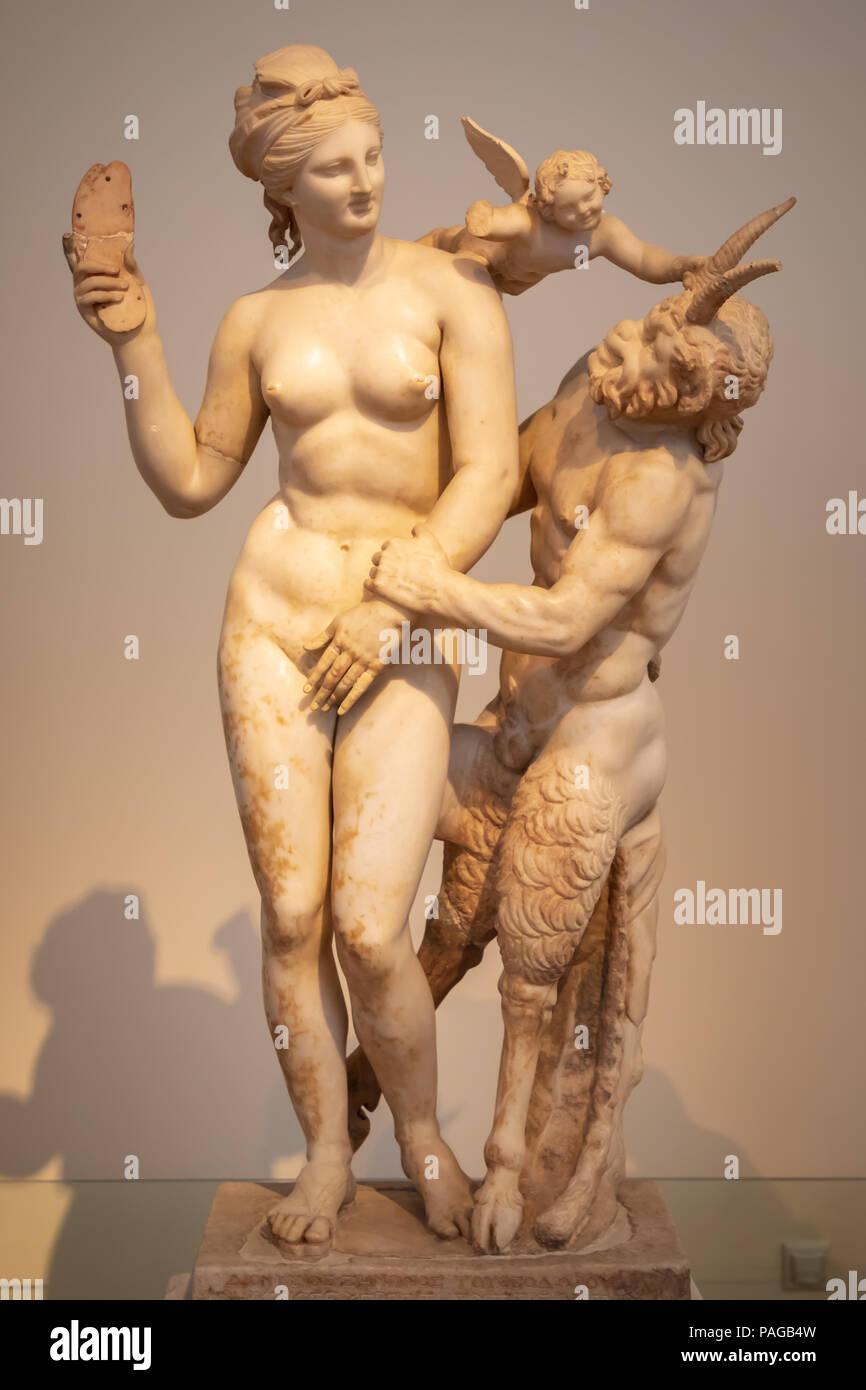 Statue d'Aphrodite, Pan, et l'Éros, trouvés Maison de l'Poseidoniastia Beryttos de (Beyrouth), de 27 100 BC. Photo Stock