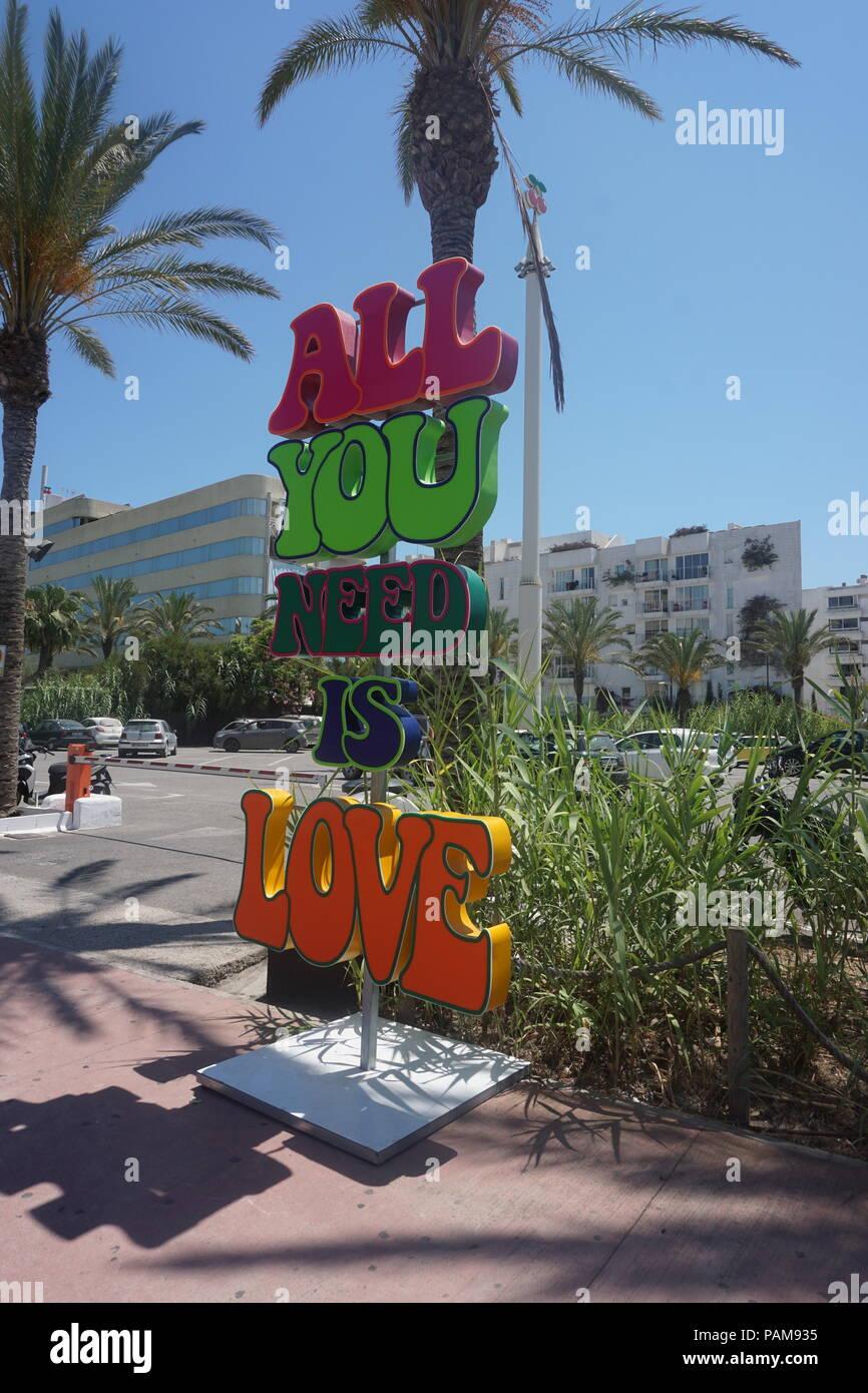 Tout ce qu'il vous faut, c'est l'amour. La discothèque Pacha Ibiza. Banque D'Images