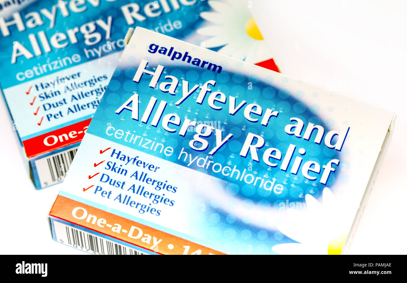 Fort de Cetirizine Hydrochloride antihistaminique le rhume des foins et l'allergie relief tablets Photo Stock