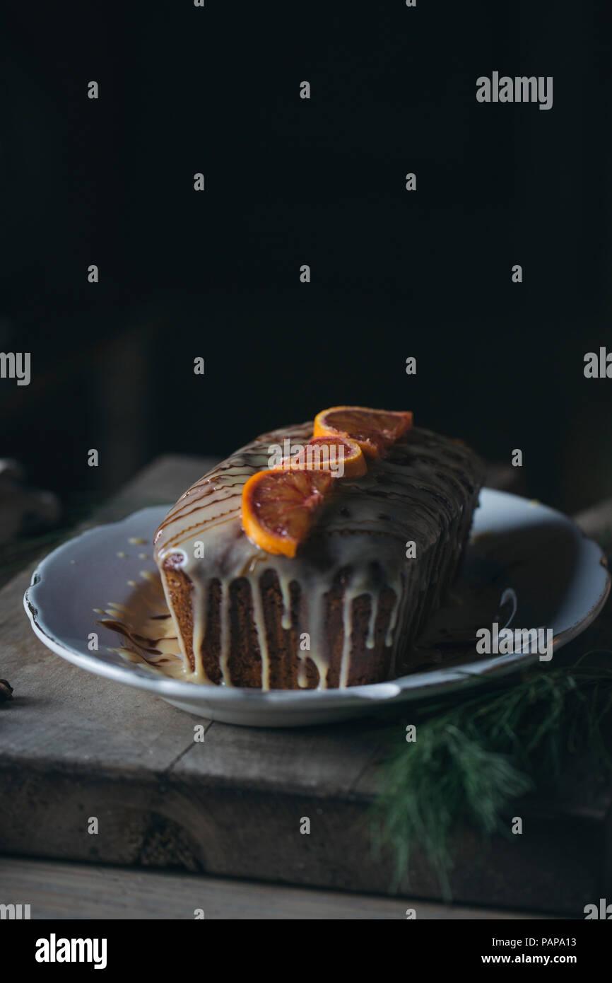 Du gâteau sur une assiette de Noël Photo Stock