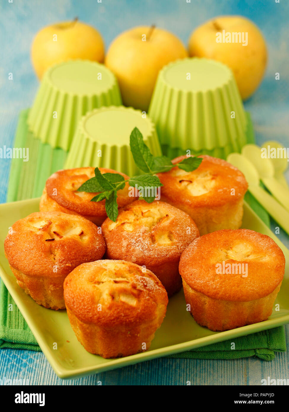 Muffins à la pomme. Photo Stock