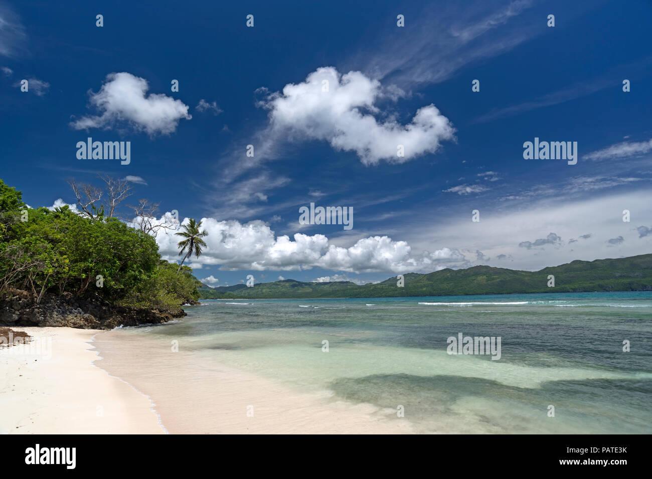 Belle plage tropicale des Caraïbes 'Playita' en République Dominicaine Photo Stock