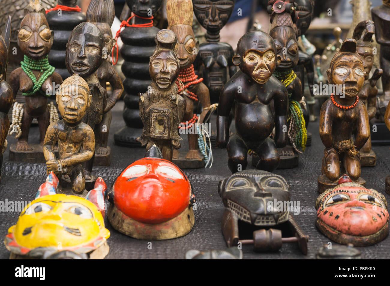 large éventail recherche de liquidation véritable Masques africains en vente - masques africains traditionnels ...