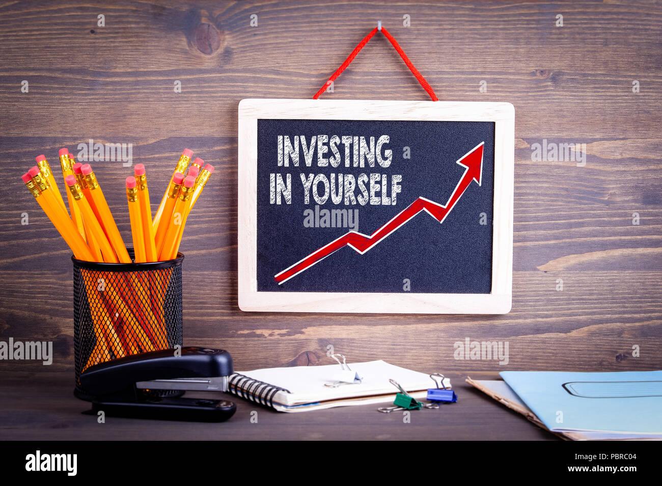 Investir dans vous-même. La réussite de l'entreprise concept Photo Stock