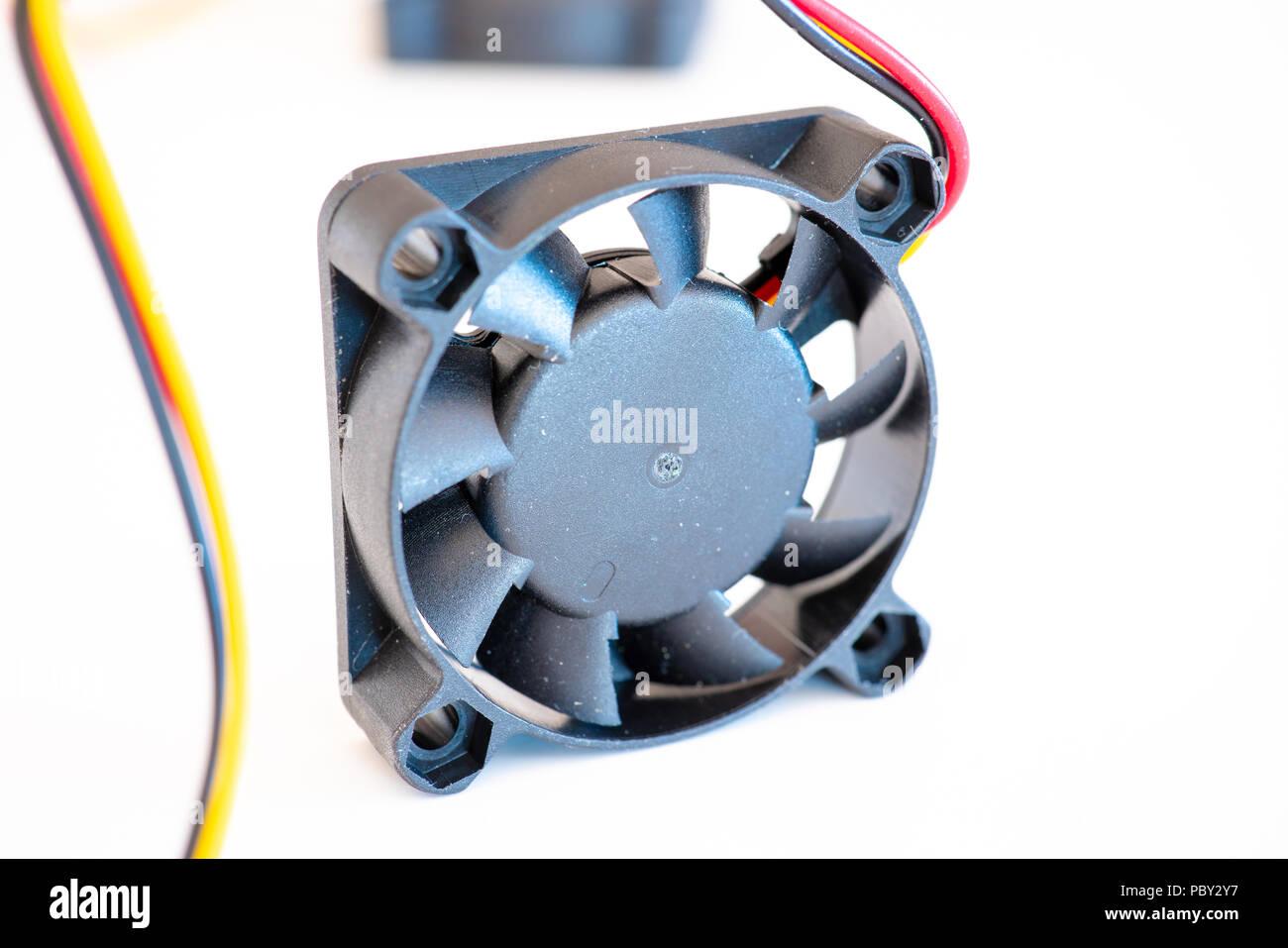 Ventilateur ordinateur isolé sur fond blanc Photo Stock