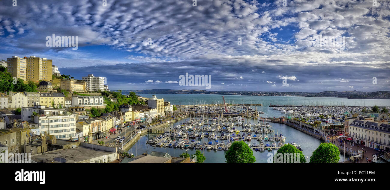 Go - DEVON : le port de Torquay et de la ville (image HDR) Photo Stock