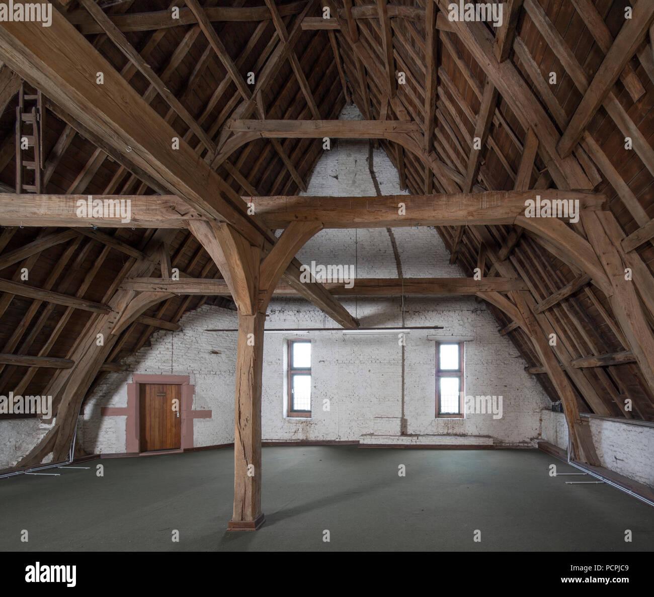 dachstuhl photos & dachstuhl images - alamy