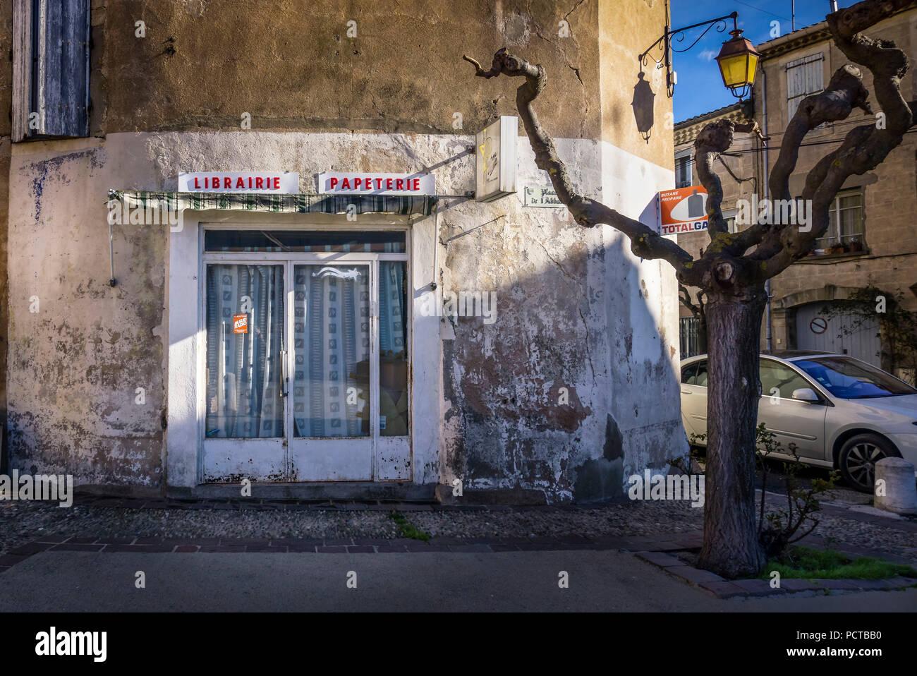 Librairie papeterie fermée et à Quarante Photo Stock