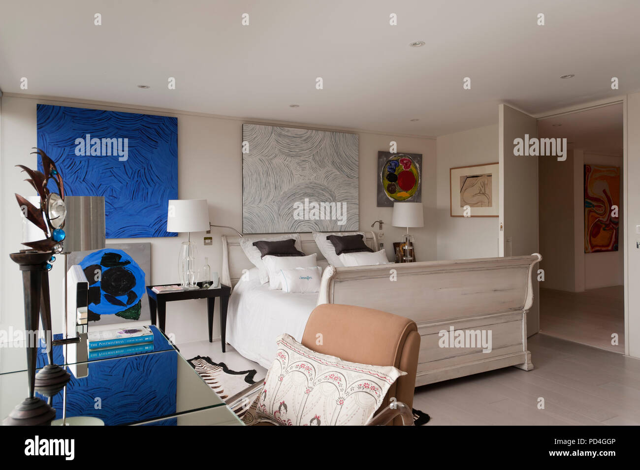 Chambre de style moderne Banque D\'Images, Photo Stock: 214615766 - Alamy