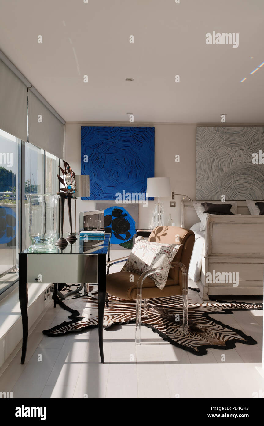 Chambre de style moderne Banque D\'Images, Photo Stock: 214615775 - Alamy