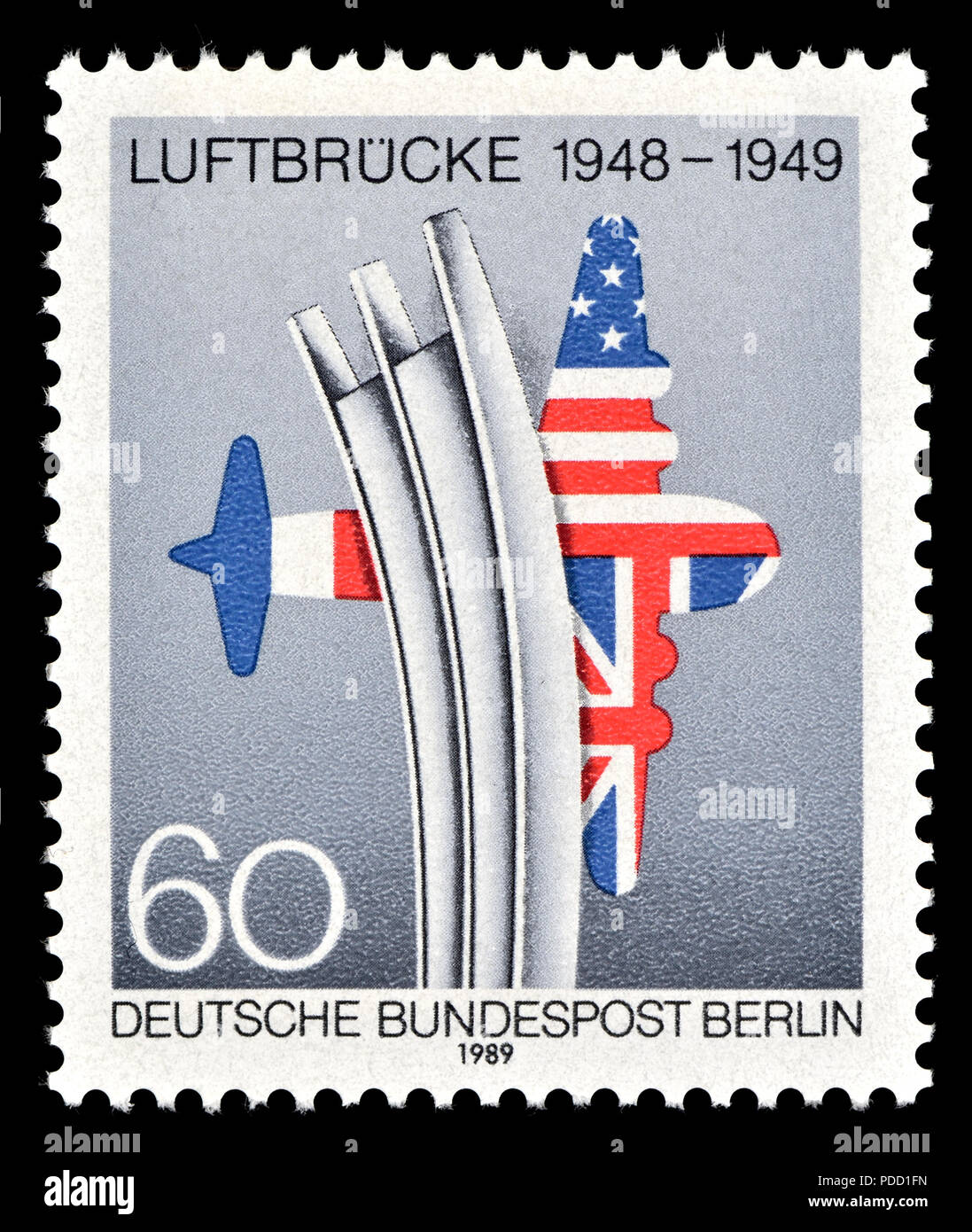 Timbre allemand (Berlin: 1989): Air Berlin Ascenseur / Luftbrucke (1948 - 49) la fourniture de marchandises à l'ouest de Berlin par avion pendant le blocus de Berlin af Photo Stock