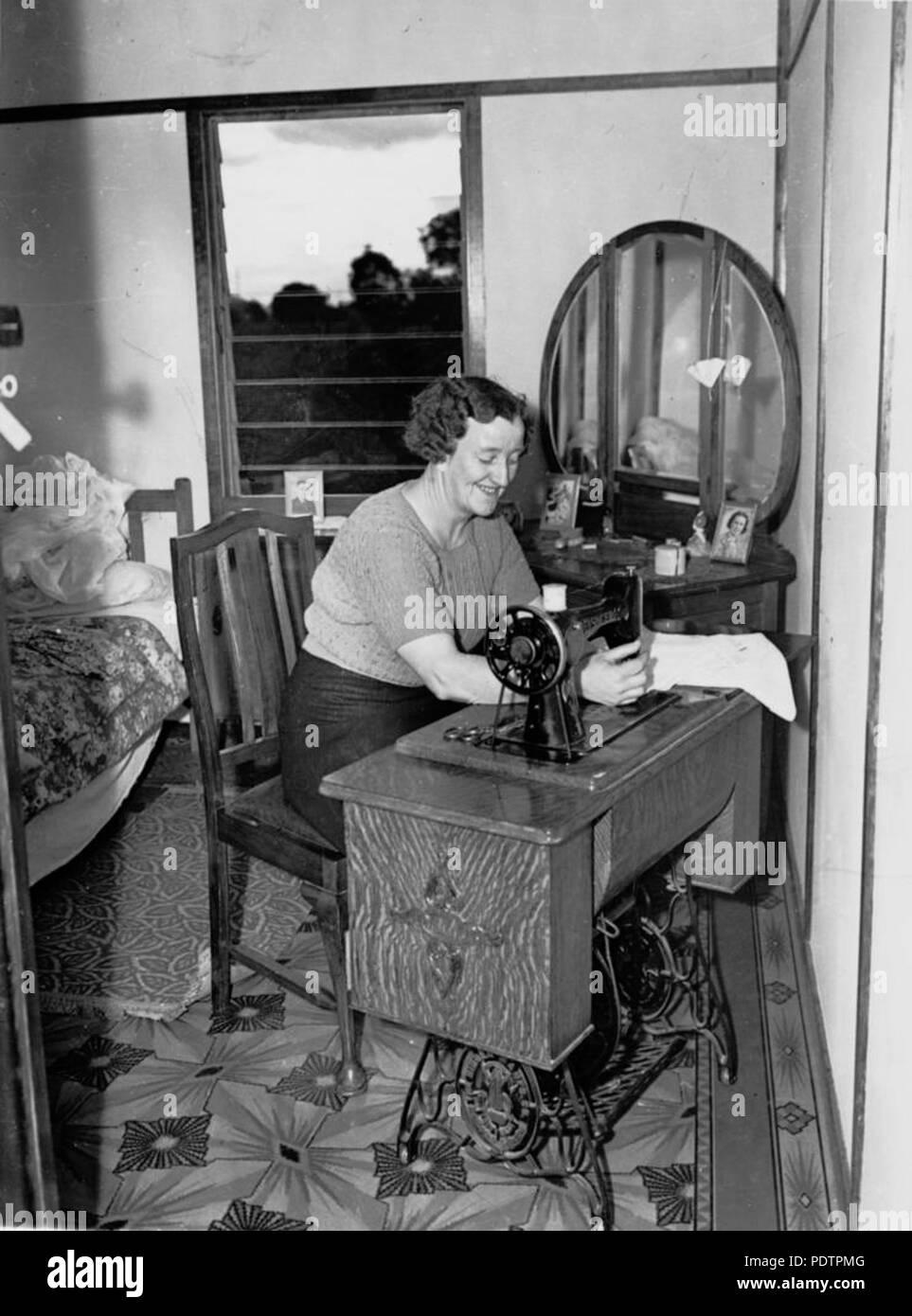 rencontres chanteur machines à coudre à pédale section 12,3 datant avec la clé de réponse de radioactivité