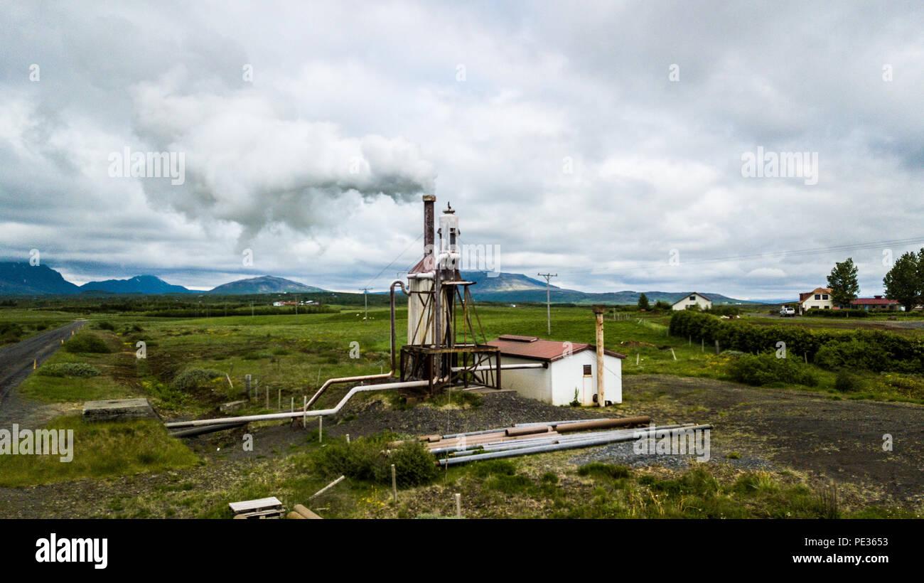 Projet géothermique à Reykir Efri qui fournit de l'énergie thermique pour plus de 500 maisons, Efri Reykir, le sud de l'Islande Photo Stock