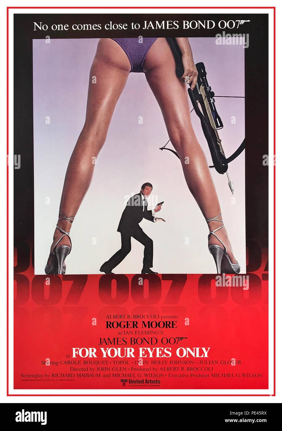 """JAMES BOND Film Movie Poster 1981 'rien que pour vos yeux"""" avec Roger Moore Photo Stock"""