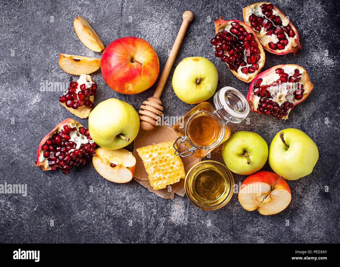 Le miel, la pomme et la grenade pour Rosh Hashana Photo Stock