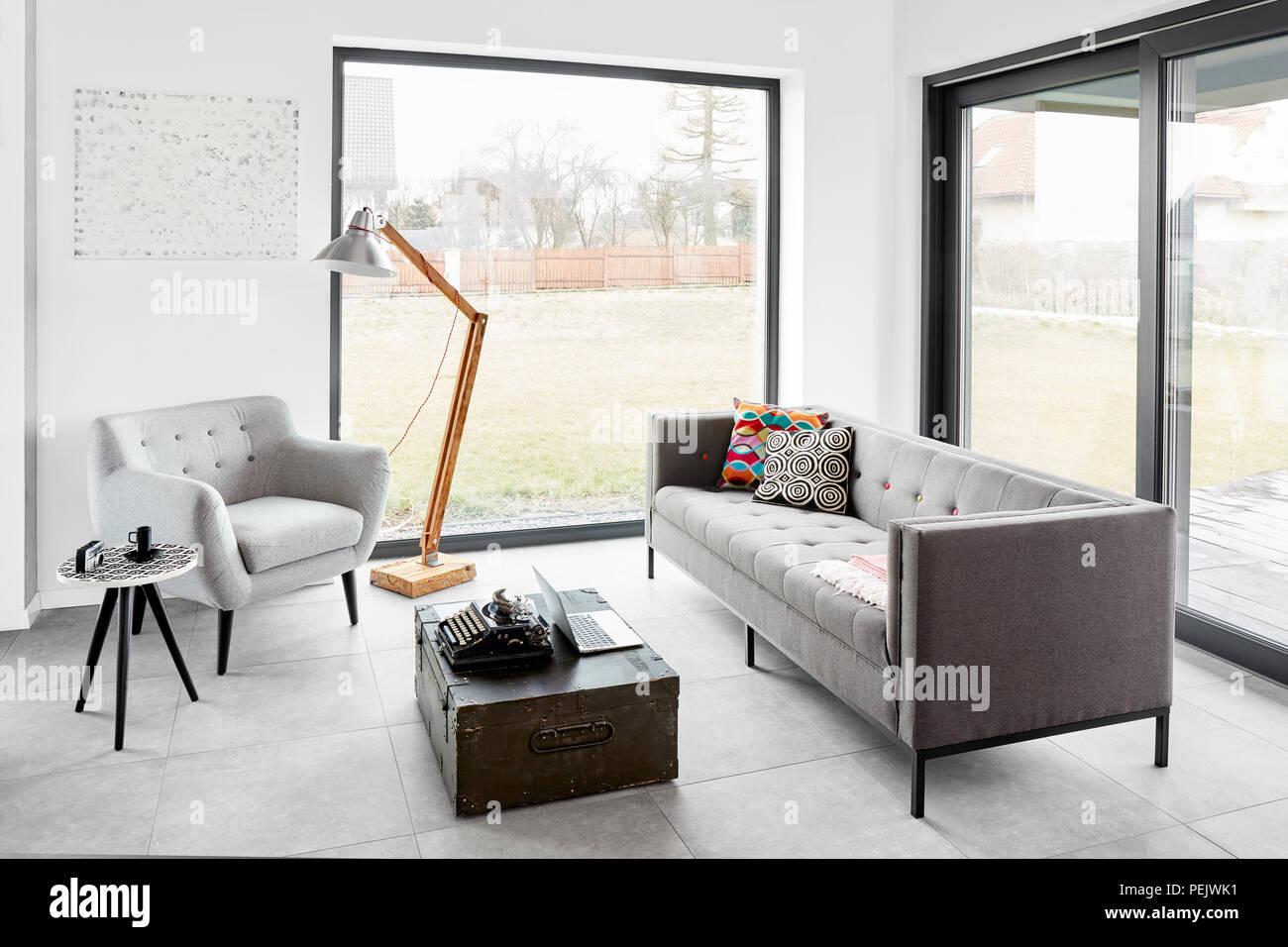 Salon Moderne Dans Un Style Scandinave