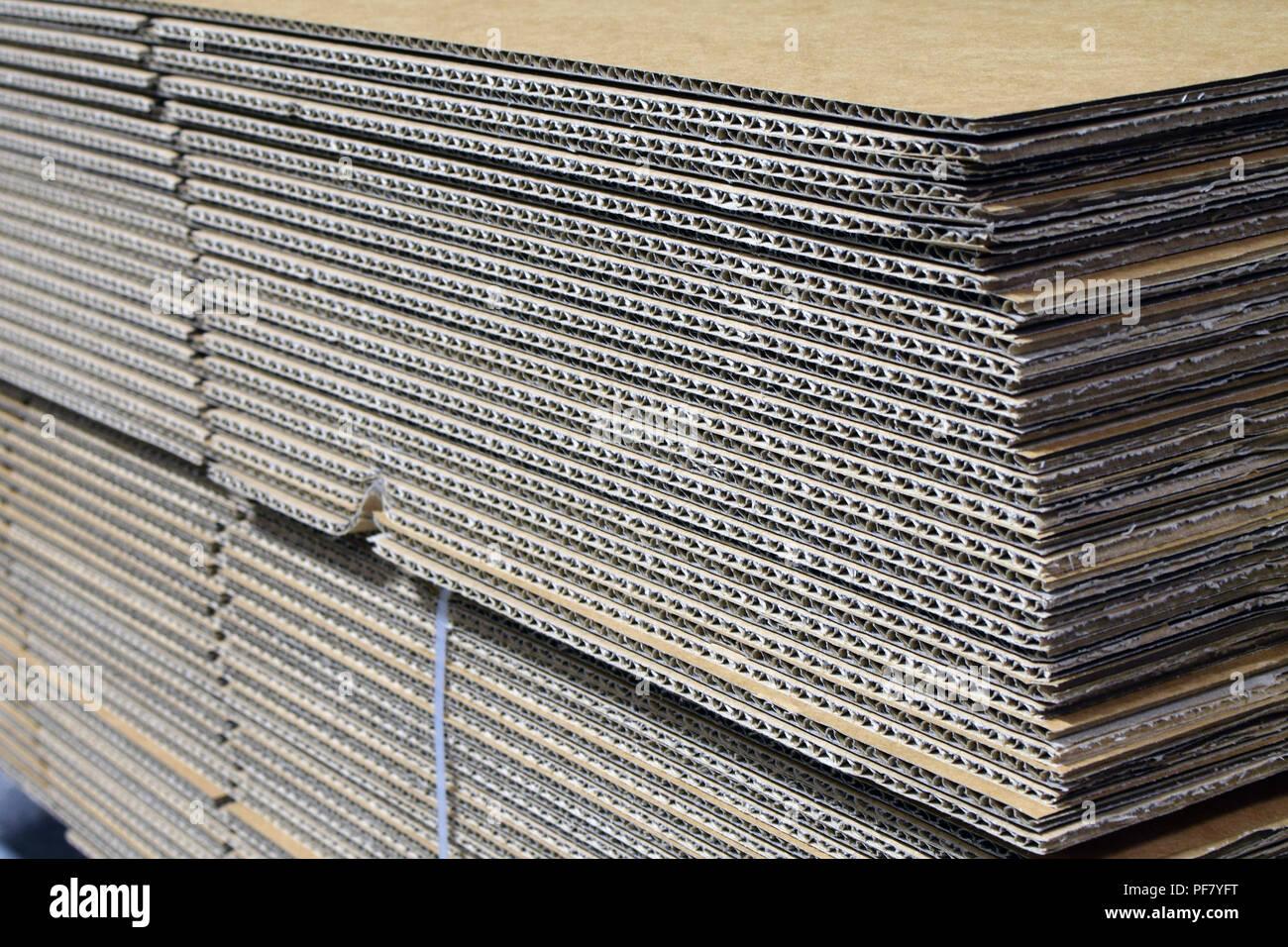 Pile de carton aplati Photo Stock