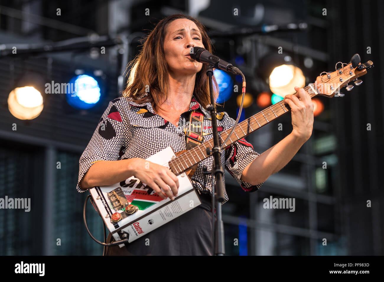Groupe français Ziia & Le Swing Mates live à la 26e Blue Balls Festival de Lucerne, Suisse Ziia, plomb Photo Stock