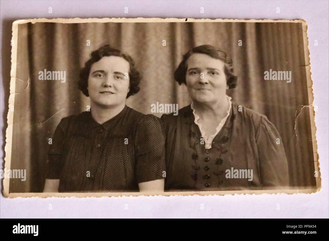 Lhistoire Sociale Noir Et Blanc Photographie Ancienne
