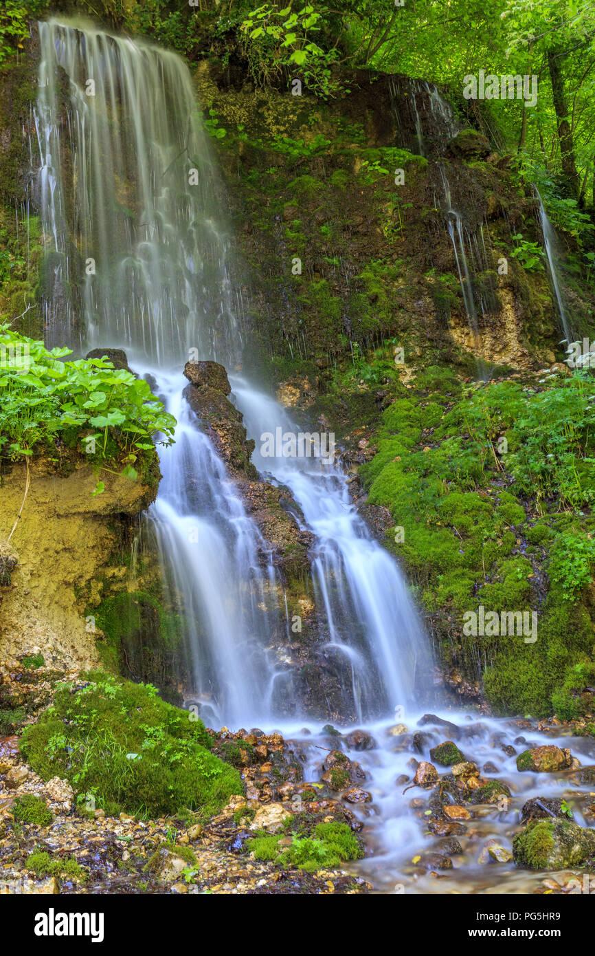 Cascade dans les Apennins Photo Stock