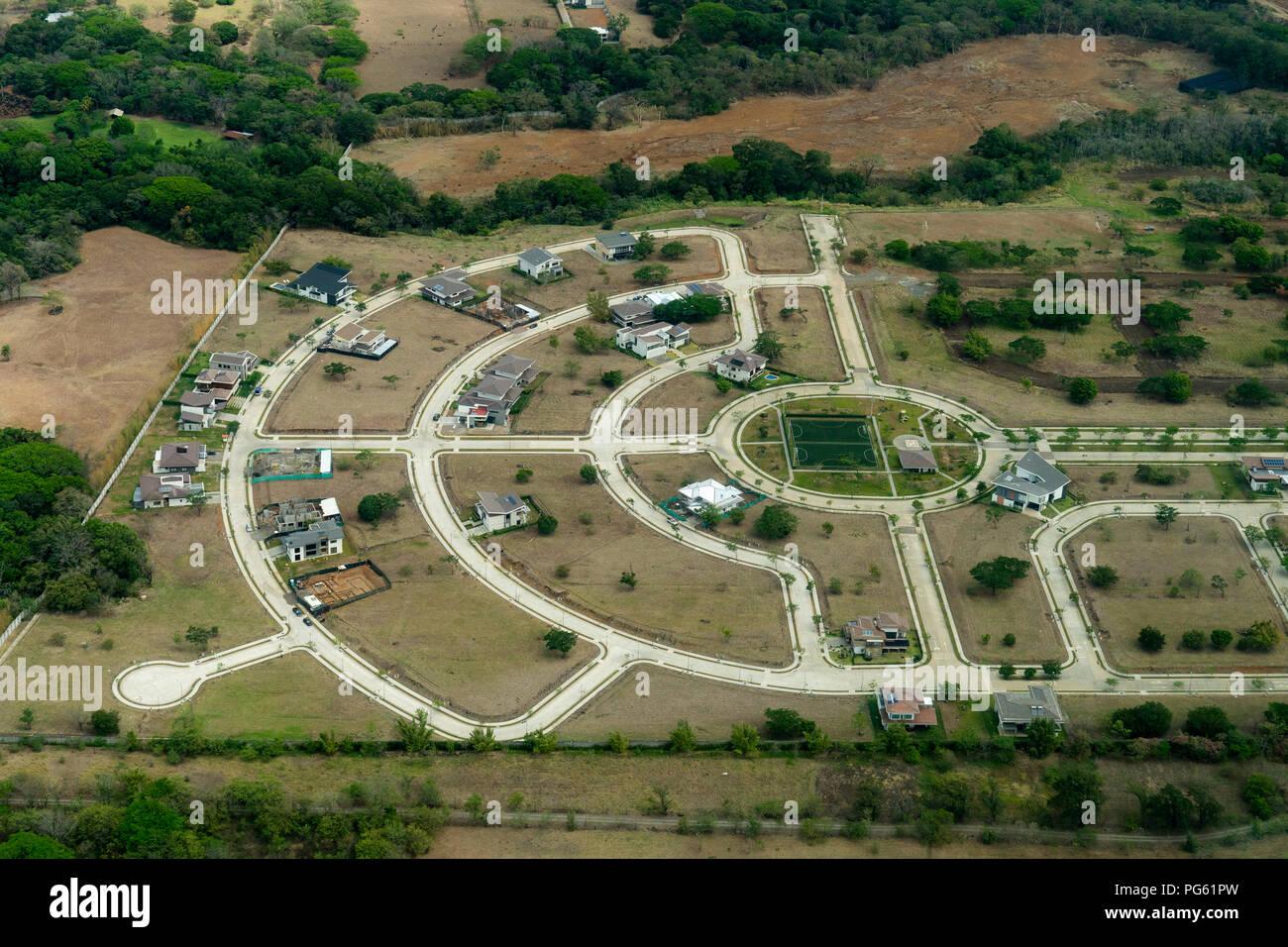 Nouveaux logements par l'aéroport de San Jose, Costa Rica Photo Stock
