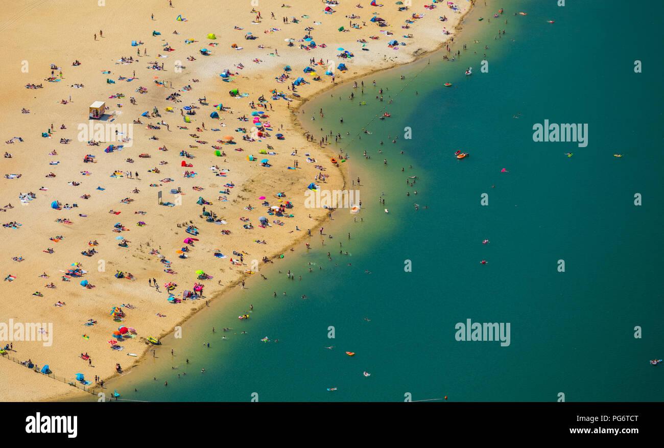 Plage la plus populaire de la région de la Ruhr est située à Silver Lake II à Haltern am See, le sable et l'eau des Caraïbes, sentiment, Lido, l'eau turquoise, les baigneurs, Photo Stock